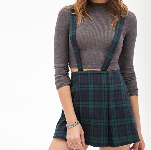 bda91e58e5 Forever 21 Dresses & Skirts - Forever 21 pleated suspender skirt